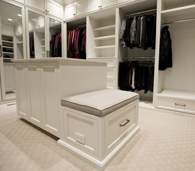 A Very Smart Closet